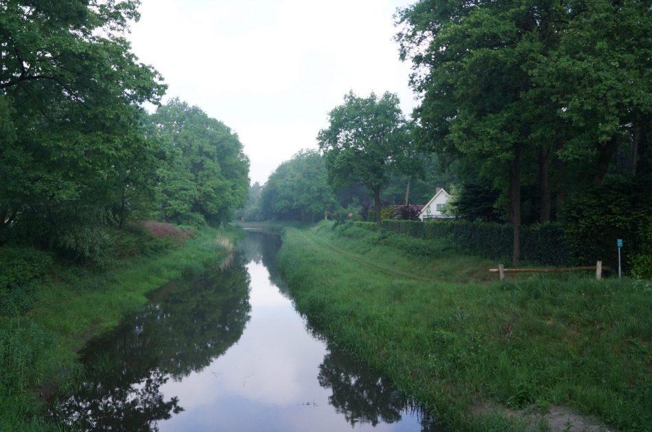 Buurserbeek bij brug Stendermolenweg