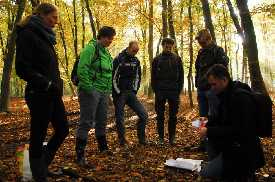 Korte toelichting in het veld na herstelwerkzaamheden aan de Springendalsebeek